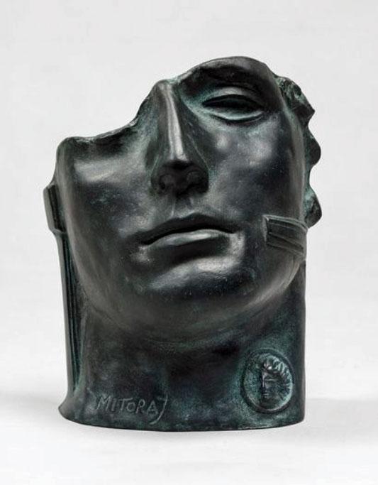 "Igor Mitoraj (1944-2014) ""Centurion II"", źródło: Rossini"