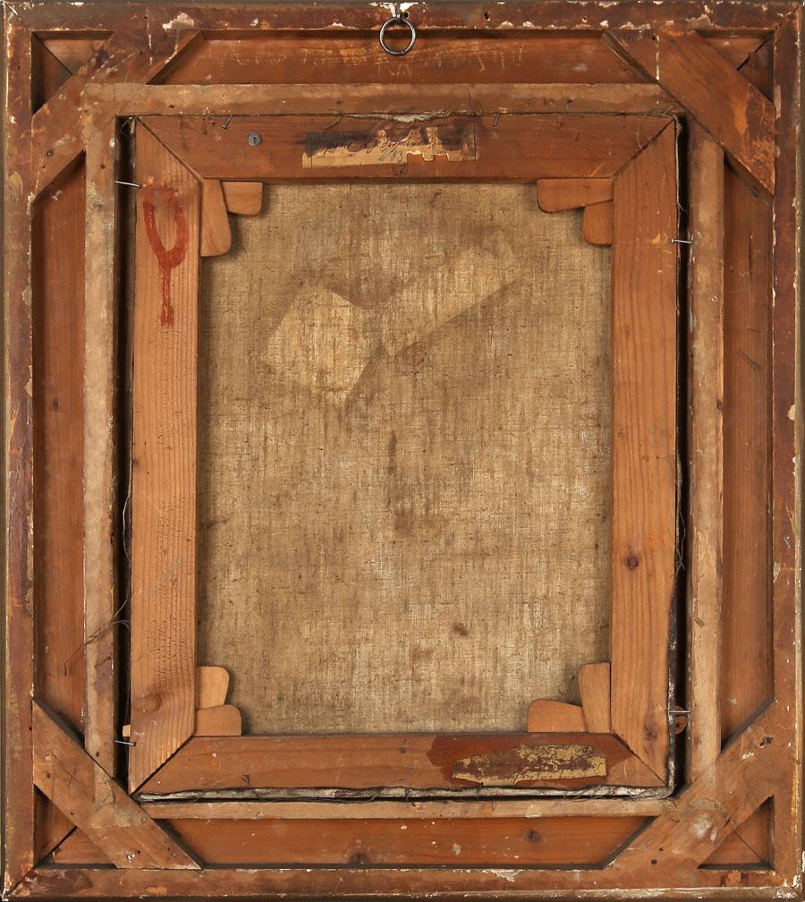 Odwrocie pracy Józefa Mehoffera; widoczny profesjonalny blejtram z klinami rozporowymi w narożach oraz fragmentami nalepek wystawowych na dolnej i górnej krawędzi krosna.
