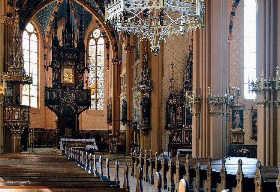 Święty obraz Matki Boskiej Bogucickiej znajduje się dziś w ołtarzu głównym kościoła św. Szczepana, źródło: beny-photography.flog.pl