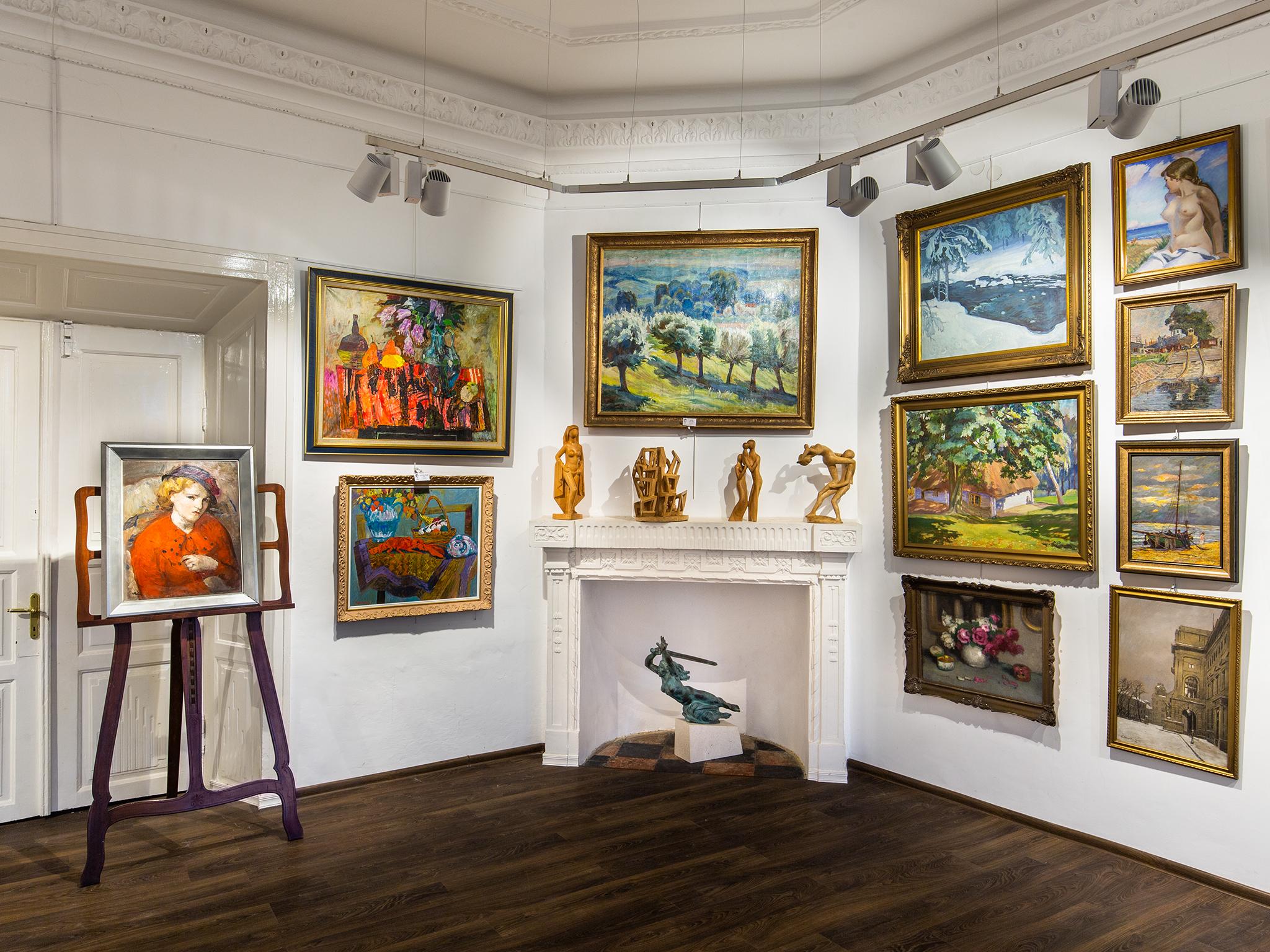 Wnętrze Salonu Dzieł Sztuki Connaisseur w Krakowie, fot. Mirek Żak