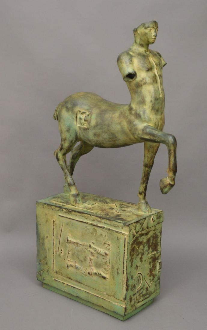 """Igor Mitoraj (1944-2014)  """"Centaur"""", źródło: Bill Hood & Sons Art & Antique Auctions"""
