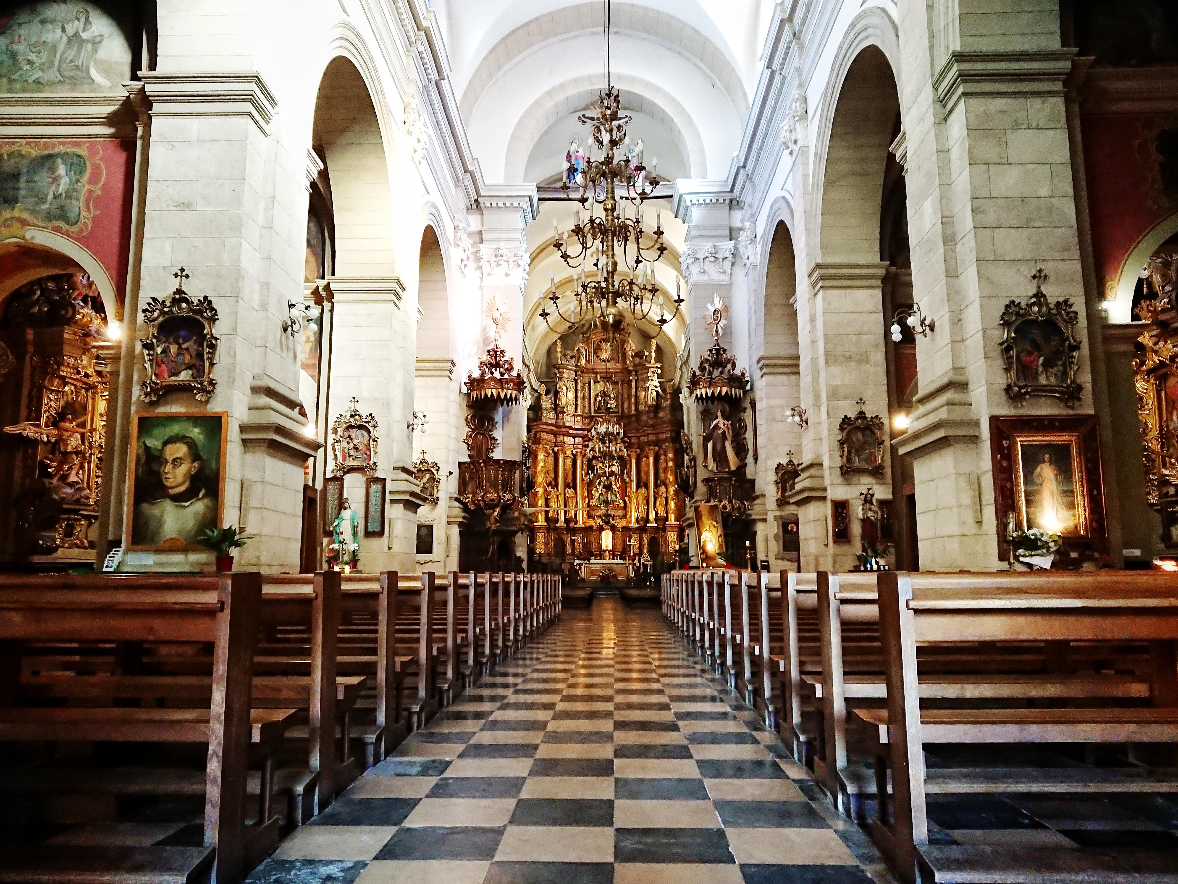 Wnętrze kościoła Karmelitów na Piasku, źródło: archiwum autorki