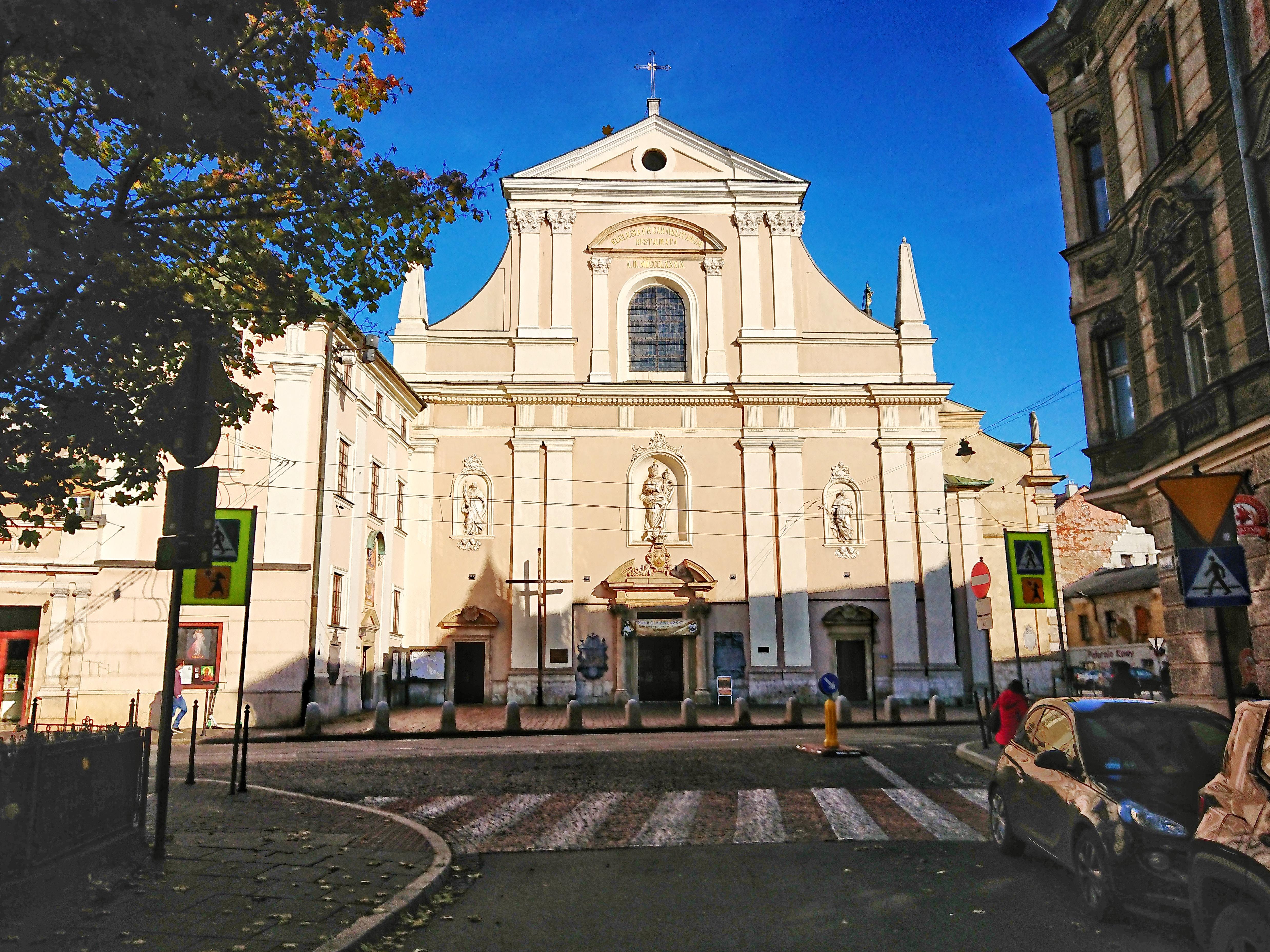 Widok fasady kościoła Karmelitów na Piasku, źródło: archiwum autorki