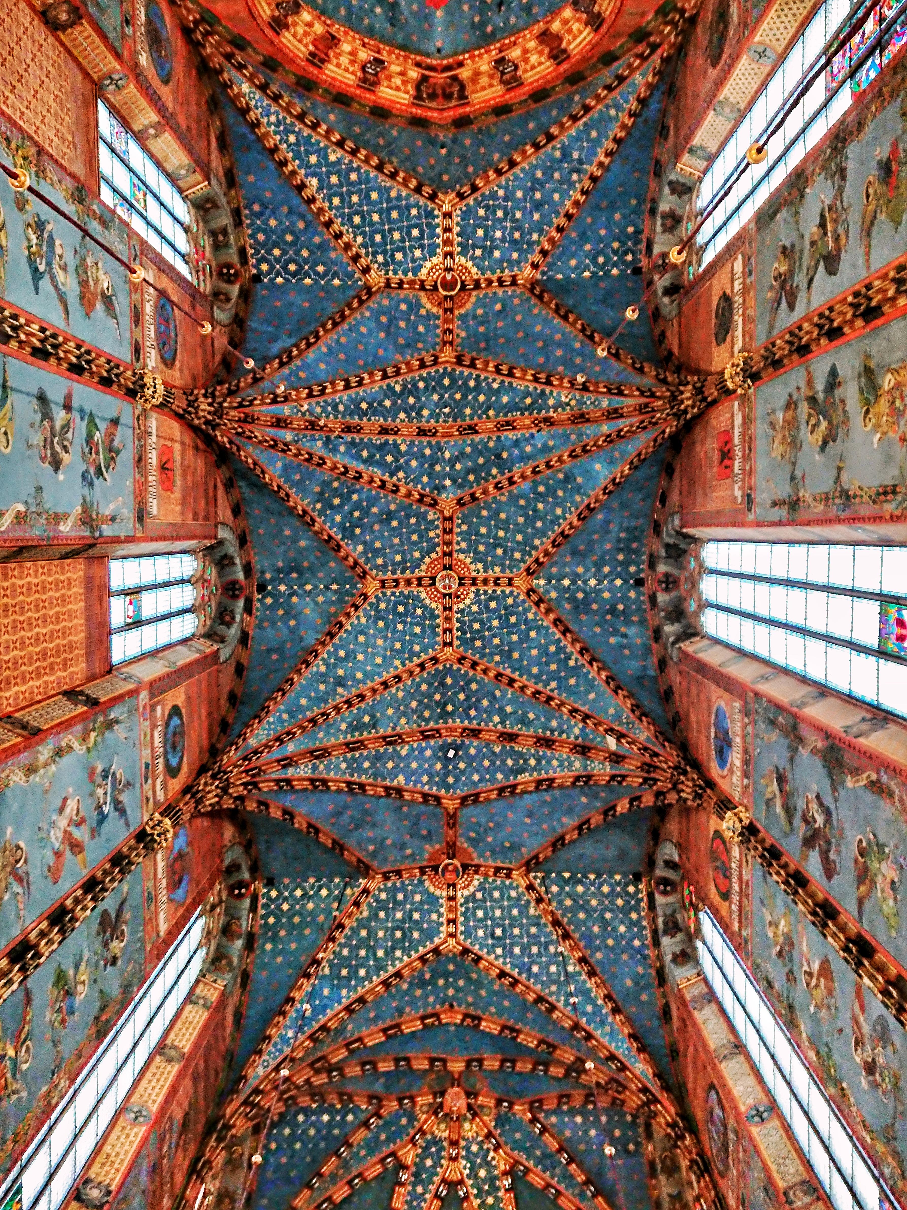 Sklepienie nad prezbiterium w kościele Mariackim, źródło: archiwum autorki