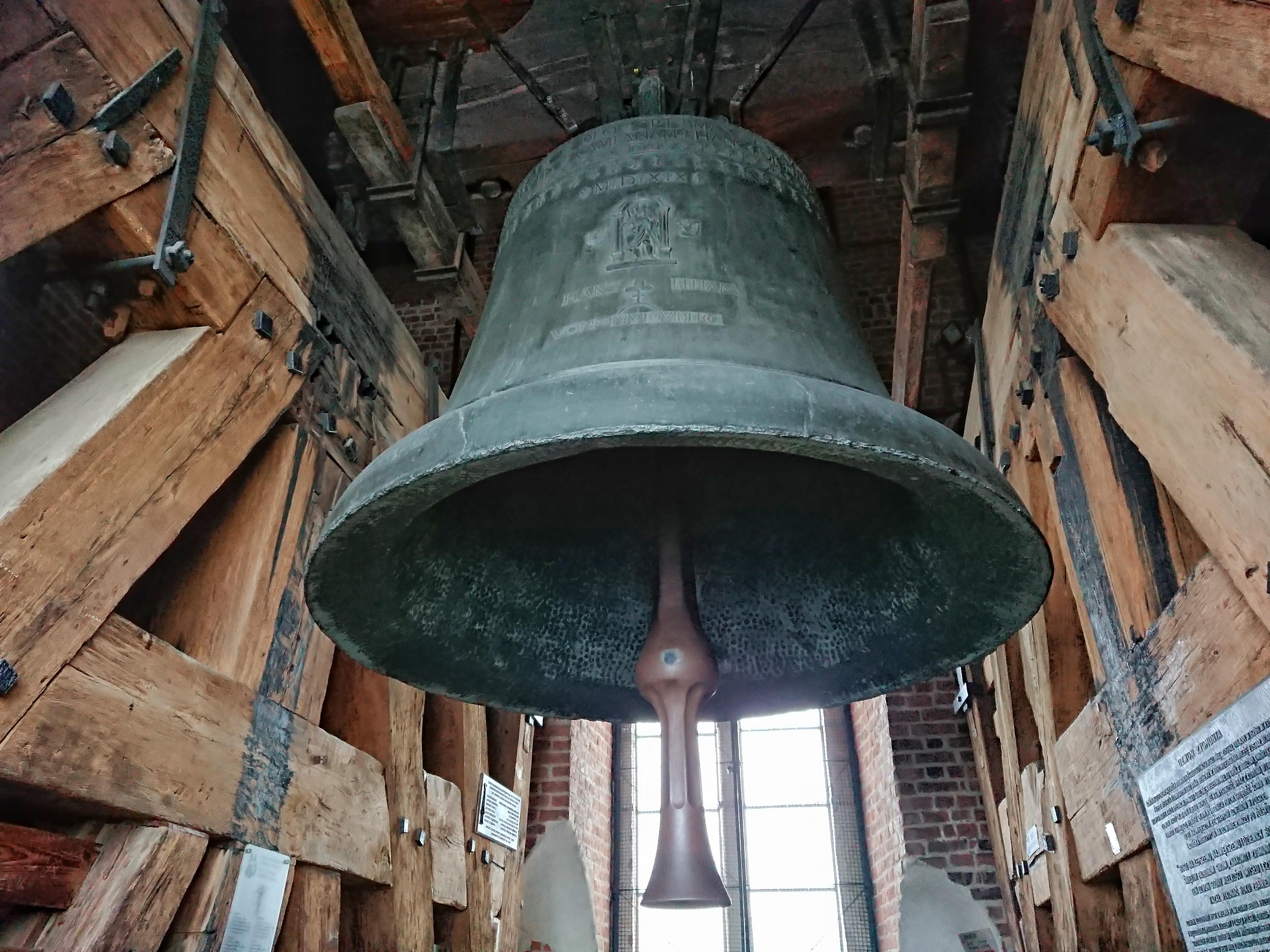 Dzwon Zygmunt w pełnej okazałości, źródło: archiwum autorki