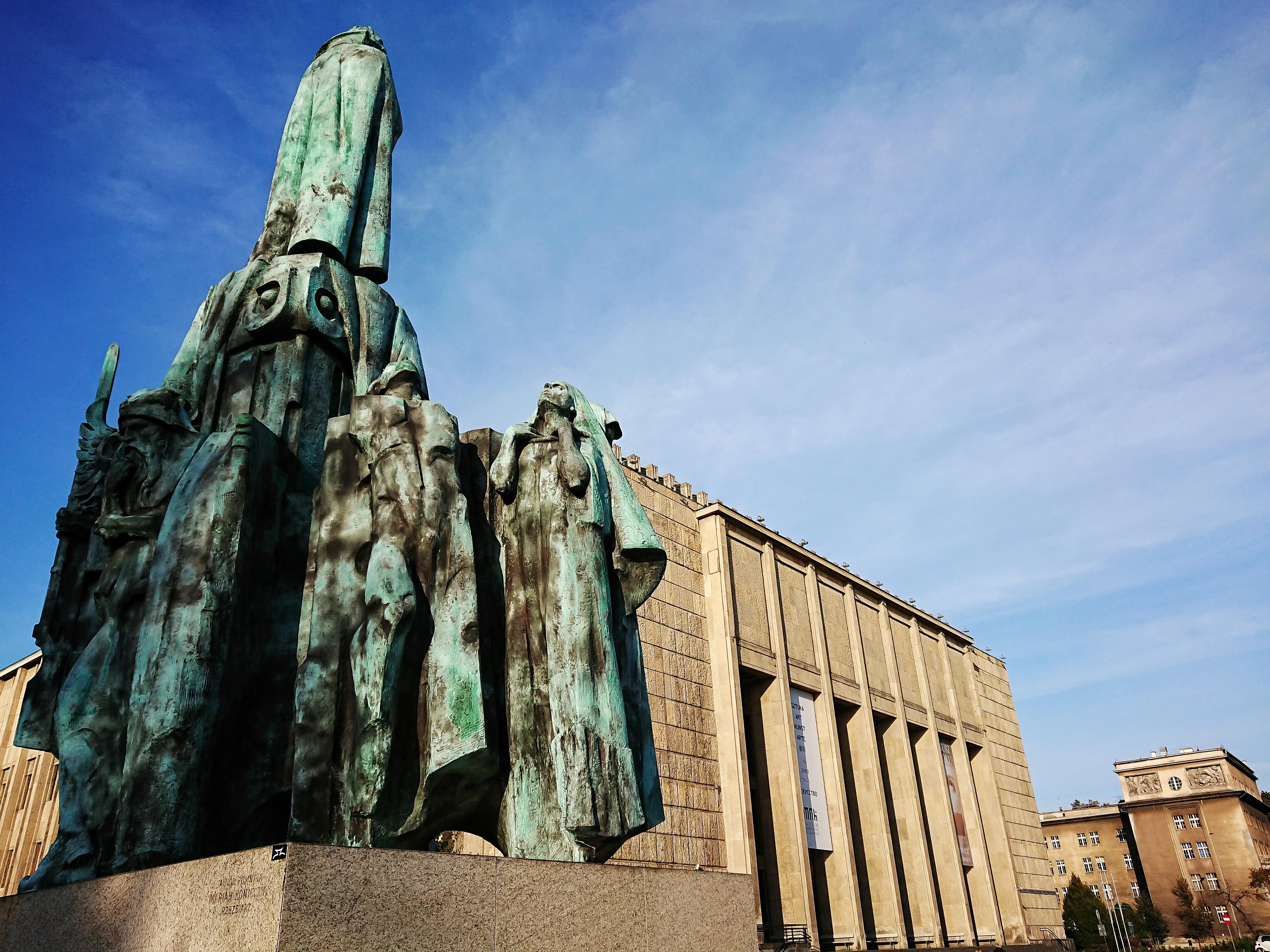 Plac przed Muzeum Narodowym z pomnikiem Wyspiańskiego, źródło: archiwum autorki