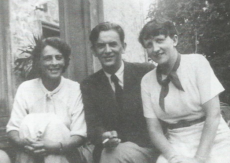 Na ganku w Wiśniowej: Helena Mycielska, Jan Cybis, Hanna Rudzka-Cybisowa, lata 30., fot. archiwalna